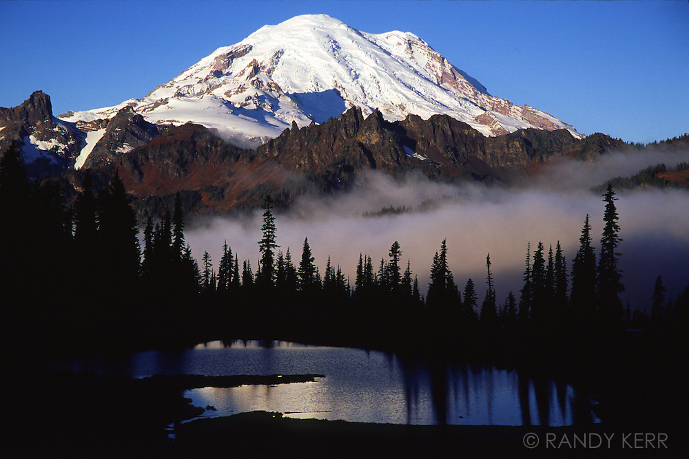Mount Rainier in fall
