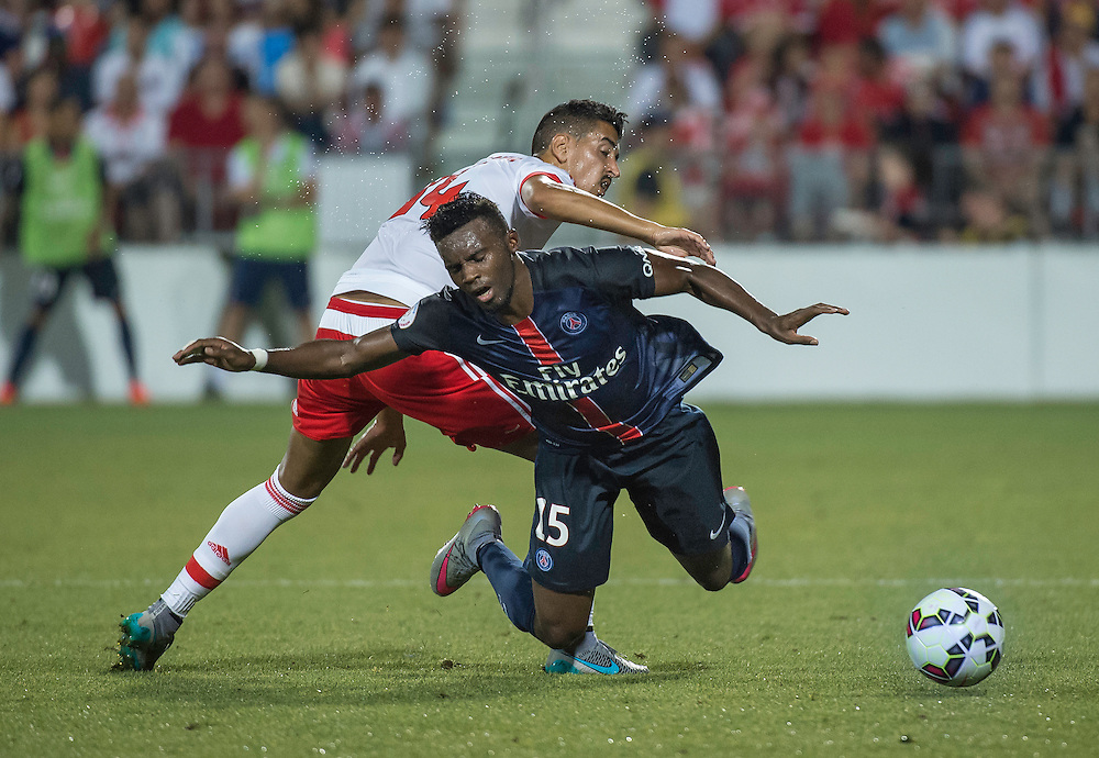 Paris St. Germain's Jean Christophe Bahebeck and SL Benfica's Andre Almeida (left) in the International Champions Cup in Toronto.