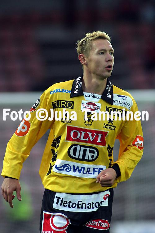 28.09.2003, Pori, Finland..Veikkausliiga 2003 / Finnish League 2003.FC Jazz v Kuopion Palloseura.Jussi Markkanen - KuPS.©Juha Tamminen
