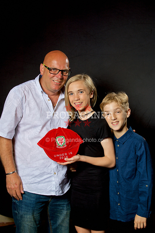 NEWPORT, WALES - Saturday, May 27, 2017: Lani Hogben and family with her Under-16 Wales cap at the Celtic Manor Resort. (Pic by David Rawcliffe/Propaganda)