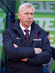 LONDON, ENGLAND - Saturday, February 21, 2015: Crystal Palace's manager Alan Pardew before the Premier League match against Arsenal at Selhurst Park. (Pic by David Rawcliffe/Propaganda)