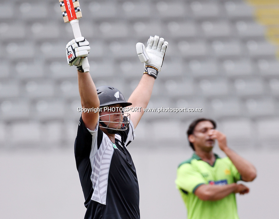 Jesse Ryder celebrates his century during the 6th ODI, Black Caps v Pakistan, One Day International Cricket. Eden Park, Auckland, New Zealand. Saturday 5 February 2011. Photo: Andrew Cornaga/photosport.co.nz