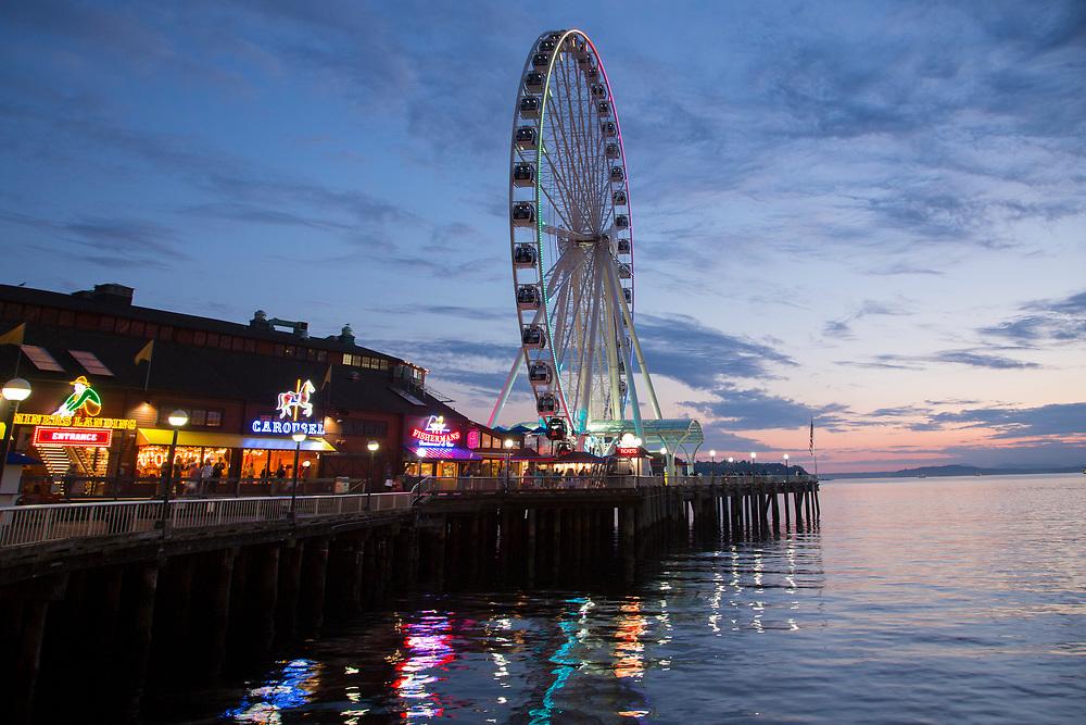 United States, Washington, Seattle, waterfront with Great Wheel