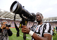 FUSSBALL INTERNATIONAL   SERIE A   37. Spieltag   SAISON 2013/2014 AS Rom  - Juventus Turin     11.05.2014 SCHLUSSJUBEL; Paul Pogba (Juventus Turin) mit einem Nikon 400 mm Teleobjektiv