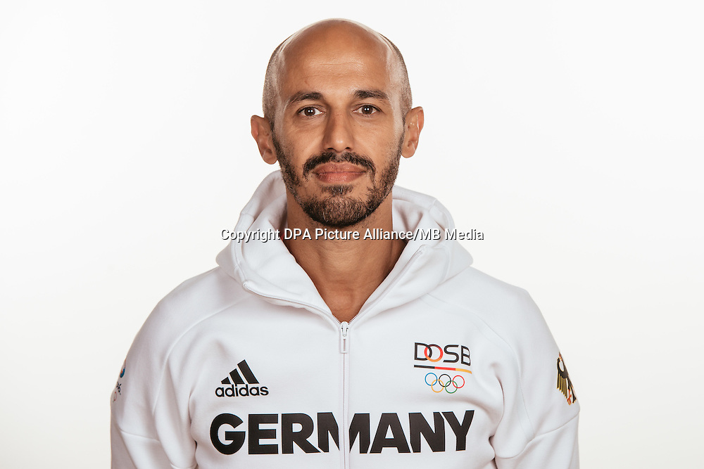 Jamilon Mülders poses at a photocall during the preparations for the Olympic Games in Rio at the Emmich Cambrai Barracks in Hanover, Germany, taken on 15/07/16 | usage worldwide