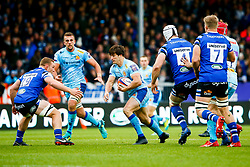 Tom Hendrickson of Exeter Chiefs is marked by Sam Underhill of Bath Rugby - Mandatory by-line: Ryan Hiscott/JMP - 03/11/2018 - RUGBY - Sandy Park Stadium - Exeter, England - Exeter Chiefs v Bath Rugby - Premiership Rugby Cup