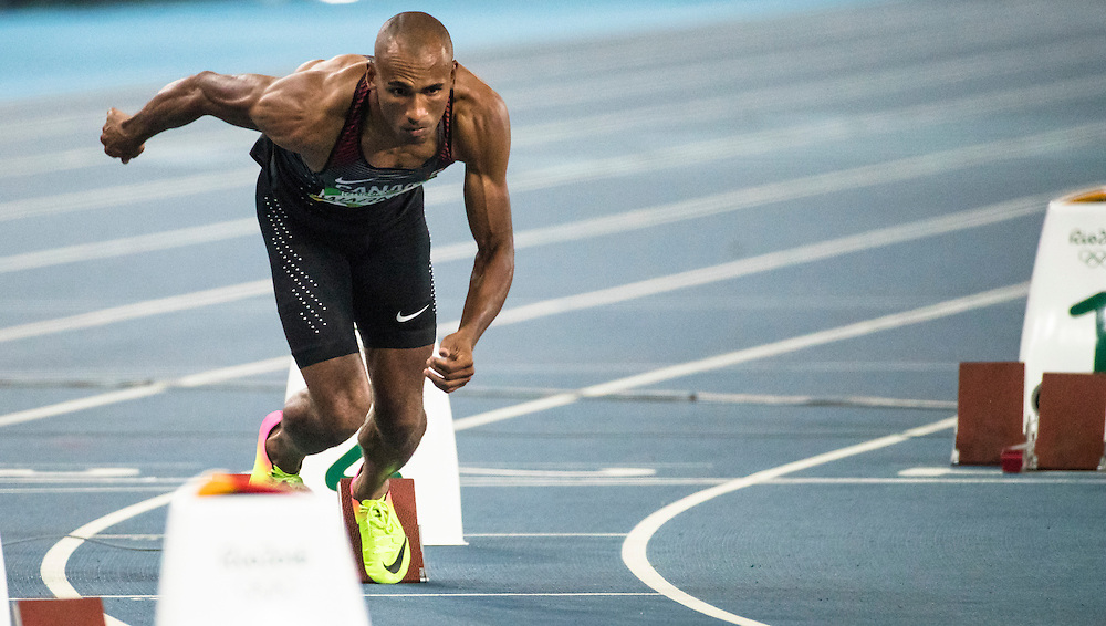 Damian Warner runs the Olympic 400m meter decathlon in Rio de Janeiro on August 17, 2016.