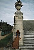 Miss Pandora in Versailles