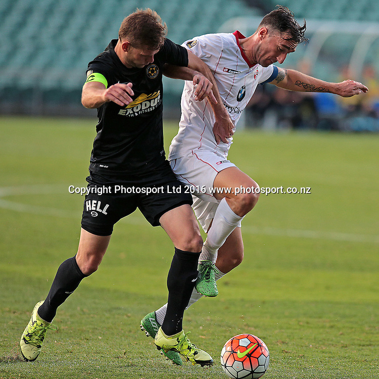 ASB Premiership Football Waitakere United v Team Wellington QBE Stadium, North Shore, Auckland Thursday 11th Feb. The 2 captains in action, Waitakere captain Jake Butler and Cole Beverley. Wellington went on to win 4-2. Photo: David Mackay / www.photosport.nz