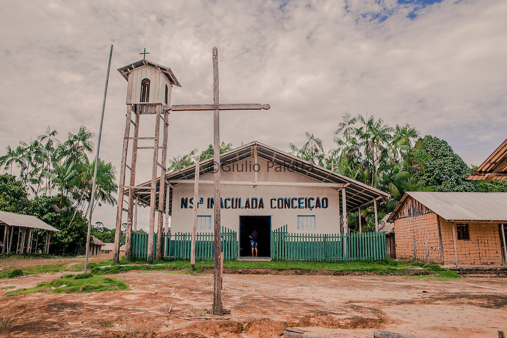 The church of Anamuin near the border with Colombia, is the biggest and oldest community along the river Xié.