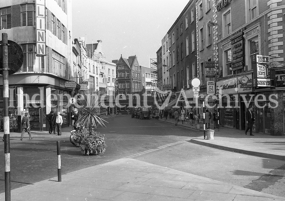 Pedestrianisation of Grafton St, September 1971.<br />