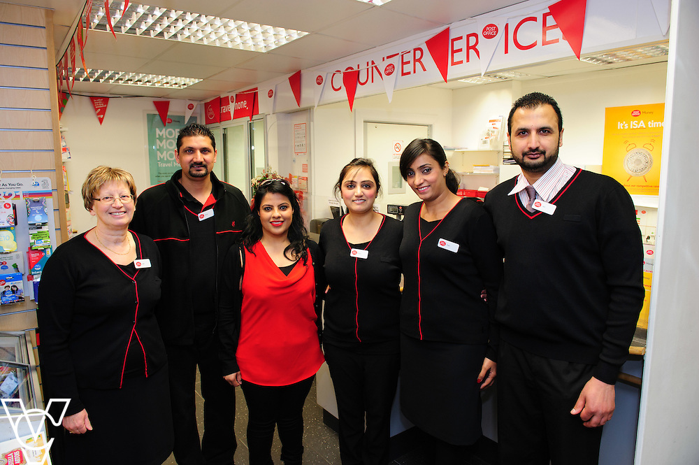 Pictured is, from left, Julie Key, Parmjit Singh, Mandy Kavr, Mandeep Kavr, Parmjit Kavr and postmaster Amarjit Singh<br /> <br /> The Mayor of Melton Jeanne Douglas has officially opened the new Post Office in Melton Mowbray.<br /> <br /> Date: March 16, 2016