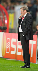UTRECHT, THE NETHERLANDS - Thursday, September 30, 2010: Liverpool's manager Roy Hodgson watches his side during the UEFA Europa League Group K match against FC Utrecht at the Stadion Galgenwaard. (Photo by David Rawcliffe/Propaganda)
