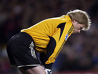 Fotball<br /> Champions League 2004/05<br /> Chelsea v Bayern München<br /> 6. april 2005<br /> Foto: Digitalsport<br /> NORWAY ONLY<br /> Oliver Kahn looks upset after letting in Joe Cole's goal.