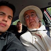Autorretrato con Rene Burri, Fotografo Suizo miembro de la Agencia Magnum<br /> Paris, Francia 2008<br /> (Copyright © Aaron Sosa)