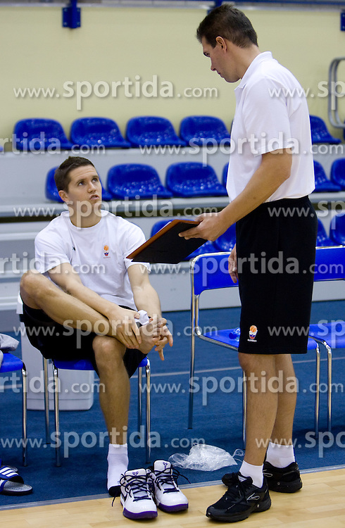 Jaka Lakovic and Assistant coach of Slovenia Tomo Mahoric after the practice at the EuroBasket 2009, on September 17, 2009 in Szopienice Arena, Katowice, Poland.  (Photo by Vid Ponikvar / Sportida)