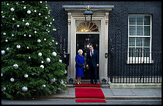 Dec 18-2012 HM The Queen at Cabinet Meeting
