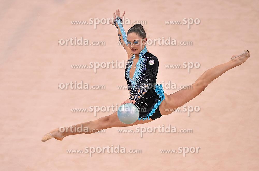 08.09.2015, Porsche Arena, Stuttgart, GER, Gymnastik WM, Gruppe D, im Bild Elif Zeynep Celep (AZE) Ball // during the World Rhythmic Gymnastics Championships at the Porsche Arena in Stuttgart, Germany on 2015/09/08. EXPA Pictures &copy; 2015, PhotoCredit: EXPA/ Eibner-Pressefoto/ Weber<br /> <br /> *****ATTENTION - OUT of GER*****
