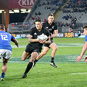 First half try by Sony Bill Williams.  The New Zealand All Blacks defeated Manu Samoa 15's 83-0 at Eden Park, Auckland, New Zealand.  Photo by Barry Markowitz, 6/16/17