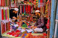Nepal, Vallee de Kathmandu, Ville de Katmandou, quartier musulman, marchand de perle // Nepal, Kathmandu valley,  Kathmandu city, Muslim quarter, pearl merchant