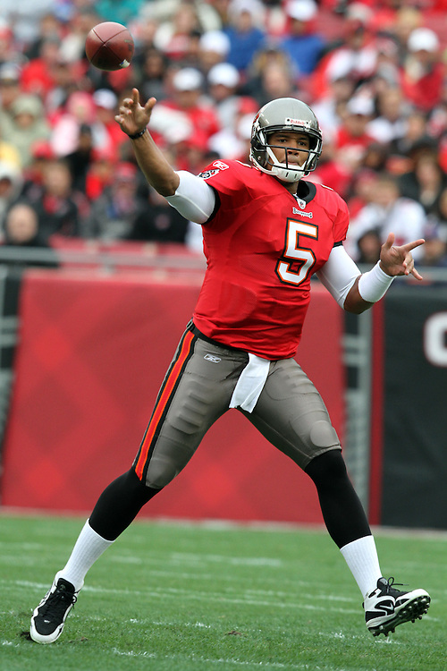 Tampa Bay Buccaneers QB Josh Freeman attempts a pass