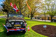 STRATFORD - Prinses Margriet en prof. mr. Pieter van Vollenhoven in Stratford op de tweede dag van hun bezoek aan Canada. Het paar brengt een officieel bezoek aan Margriets geboorteland. Tijdens het vijfdaagse verblijf wordt regelmatig stil gestaan bij het Canadese aandeel in de bevrijding van Nederland tijdens de Tweede Wereldoorlog. ANP ROYAL IMAGES ROBIN UTRECHT