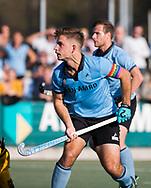 WASSENAAR - Tristan Algera (HGC) met regenboogvlag aanvoerdersband tgv Coming Out Day.,tijdens  de hoofdklasse hockeywedstrijd HGC-Den Bosch (3-2). COPYRIGHT KOEN SUYK