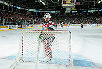 KELOWNA, CANADA - NOVEMBER 18: Brodan Salmond #31 of the Kelowna Rockets stands in net during the time out against the Vancouver Giants on November 18, 2016 at Prospera Place in Kelowna, British Columbia, Canada.  (Photo by Marissa Baecker/Shoot the Breeze)  *** Local Caption ***
