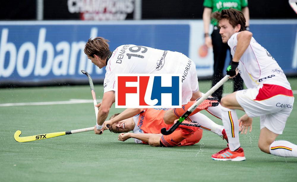 BREDA - Rabobank Hockey Champions Trophy<br /> The Netherlands - Belgium<br /> Photo: Thijs van Dam clashes with Felix Denayer.<br /> COPYRIGHT WORLDSPORTPICS FRANK UIJLENBROEK