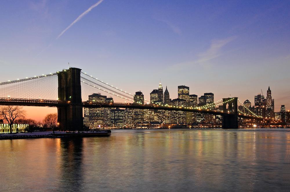Brooklyn Bridge, from Brooklyn Bridge Park, Main Street Section, Manhattan, Brooklyn, New York City, New York, USA