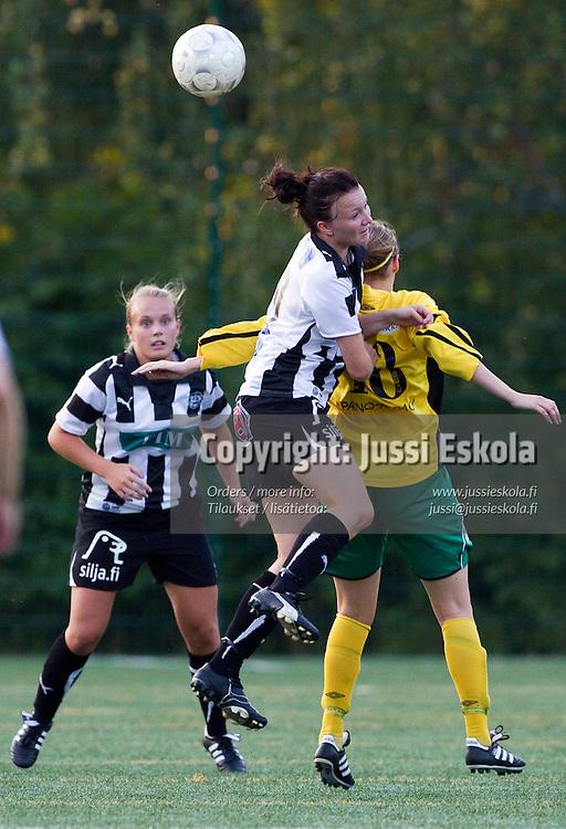 Emma Honkanen, TPS-Ilves, Naisten Liiga, Turun Urheilupuiston yläkenttä, 08122010