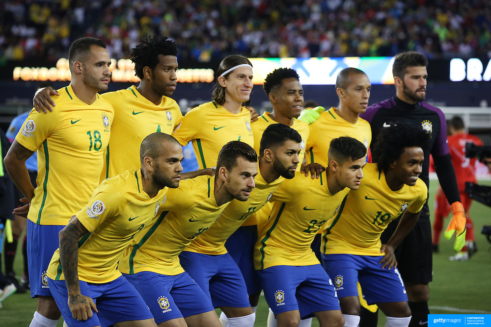 FOXBOROUGH, MASSACHUSETTS - JUNE 12:  The Brazil team pose for a team group photograph before the Brazil Vs Peru Group B match of the Copa America Centenario USA 2016 Tournament at Gillette Stadium on June 12, 2016 in Foxborough, Massachusetts. (Photo by Tim Clayton/Corbis via Getty Images)