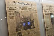La prima pagina del New York Times dell'11 novembre 1989 con la notizia della caduta del muro di Berlino, alll'interno dell'Allierten Museum.  Berlino, Germania, 10 ottobre 2014. Guido Montani / OneShot<br /> <br /> The first page of The New York Times of 11 november 1989 saying that the Berlin wall came down, inside the 'Allierten Museum'. Berlin, Germany, 10 october 2014. Guido Montani / OneShot
