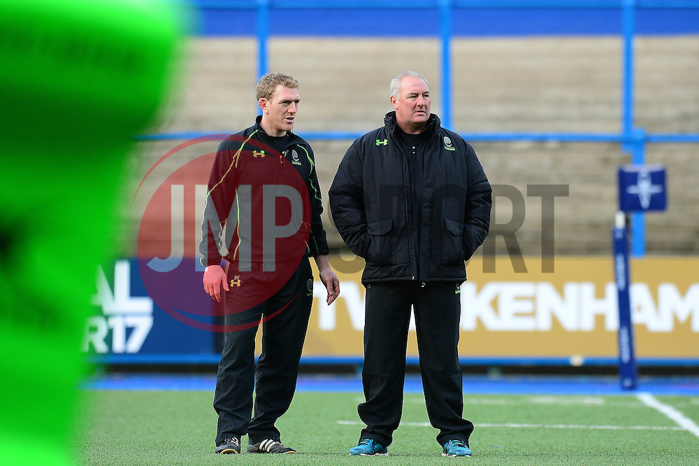 Worcester Warriors' director of rugby, Gary Gold speaks with Sam Vesty  - Mandatory by-line: Dougie Allward/JMP - 04/02/2017 - RUGBY - BT Sport Cardiff Arms Park - Cardiff, Wales - Cardiff Blues v Worcester Warriors - Anglo Welsh Cup