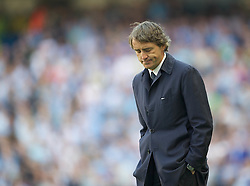 01.05.2011, City of Manchester Stadium, Manchester, ENG, PL, Manchester City FC vs West Ham United FC, im Bild Manchester City's manager Roberto Mancini during the Premiership match against West Ham United at the City of Manchester Stadium, EXPA Pictures © 2011, PhotoCredit: EXPA/ Propaganda/ D. Rawcliffe *** ATTENTION *** UK OUT!