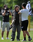 Arta Terme (UD), 27/07/2011.Campionato di calcio Serie A 2011/2012.Antonio Di Natale posa con la nuova maglia per il fotografo delle Figurine Panini..© foto di Simone Ferraro