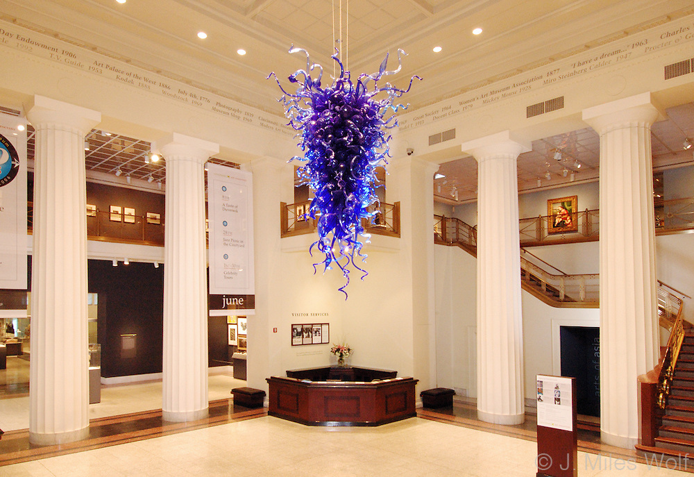 The Cincinnati Art Museum's Rio Delle Torreselle Chandelier