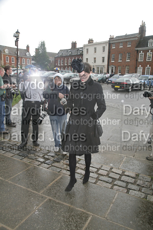 Jasmine Guinness, Funeral for Isabella Blow. Gloucester Cathedral. 15 May 2007.  -DO NOT ARCHIVE-© Copyright Photograph by Dafydd Jones. 248 Clapham Rd. London SW9 0PZ. Tel 0207 820 0771. www.dafjones.com.