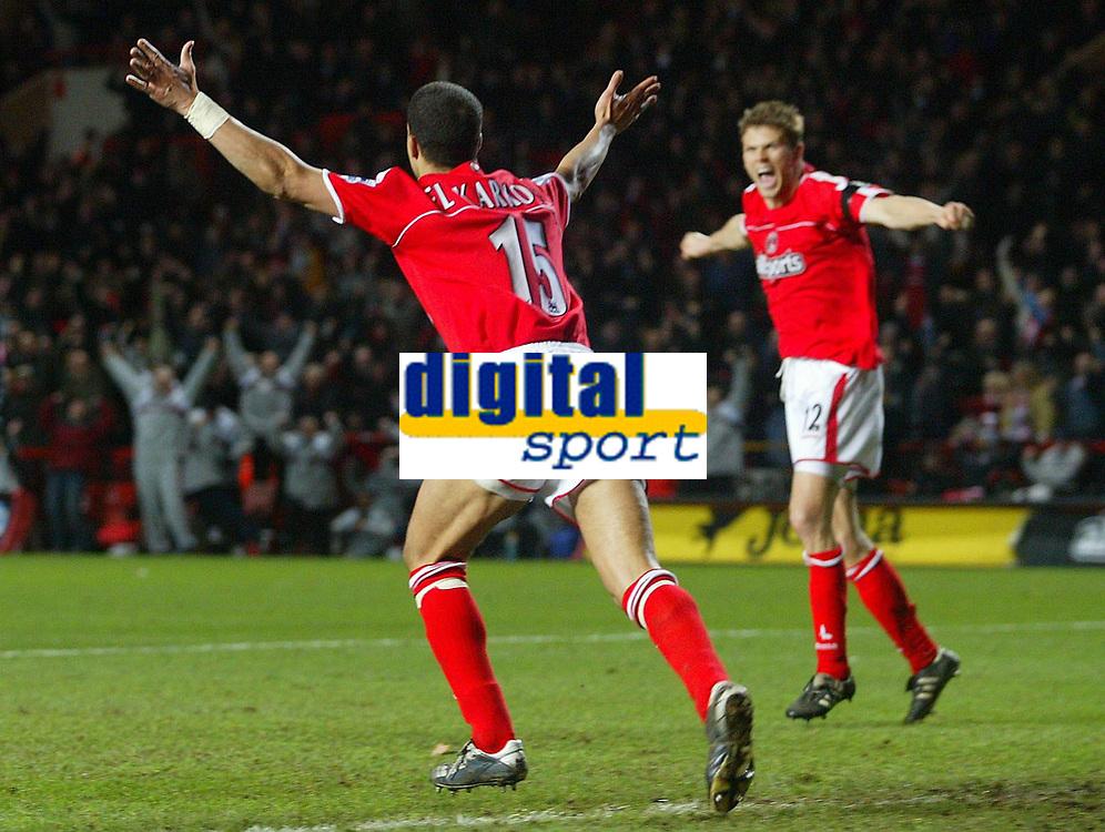 Fotball<br /> Premier League 2004/05<br /> Charlton v Everton<br /> 28. desember 2004<br /> Foto: Digitalsport<br /> NORWAY ONLY<br /> Charlton Athletic's Talal El Karkouri celebrates his openin goal with fellow goalscorer and team mate Hermann Hreidarsson, as the Charlton bench leap up in celebration