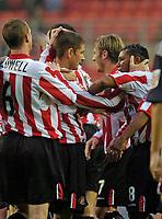 Photo. Jed Wee ,Digitalsport<br /> Sunderland v Crewe Alexandra, Coca-Cola Championship, 10/08/2004.<br /> Sunderland goal scorer Carl Robinson (L) is congratulated by Jeff Whitley.