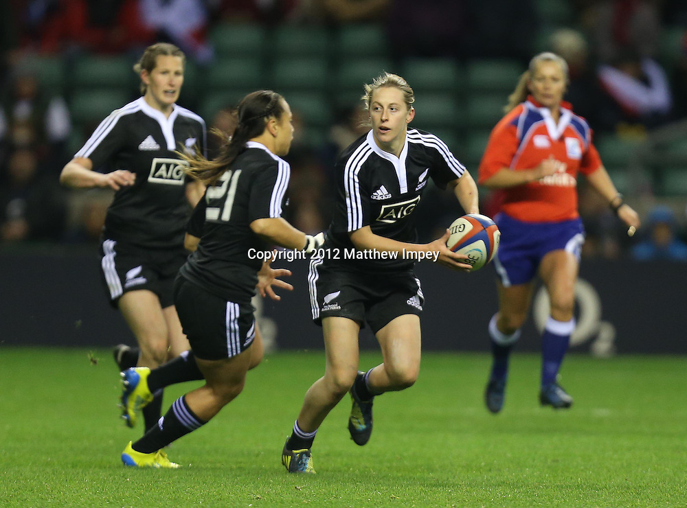 Kelly Brazier of New Zealand. England Women v New Zealand Women, 3rd Test, Twickenham, Rugby Union, 01/12/2012 © Matthew Impey/Wiredphotos.co.uk. tel: 07789 130 347 email: matt@wiredphotos.co.uk