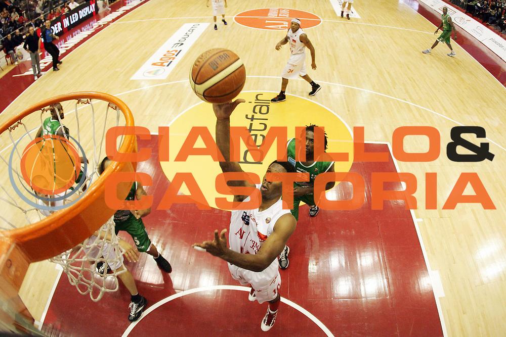 DESCRIZIONE : Milano Lega A 2010-11 Armani Jeans Milano Air Avellino<br /> GIOCATORE : Morris Finley<br /> SQUADRA : Armani Jeans Milano<br /> EVENTO : Campionato Lega A 2010-2011<br /> GARA : Armani Jeans Milano Air Avellino<br /> DATA : 12/12/2010<br /> CATEGORIA : Tiro Special Super<br /> SPORT : Pallacanestro<br /> AUTORE : Agenzia Ciamillo-Castoria/G.Cottini<br /> Galleria : Lega Basket A 2010-2011<br /> Fotonotizia : Milano Lega A 2010-11 Armani Jeans Milano Air Avellino<br /> Predefinita :