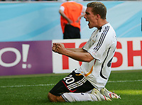 2:0 Jubel Lukas Podolski Deutschland<br /> Fussball WM 2006 Achtelfinale Deutschland - Schweden<br />  Tyskland - Sverige<br /> Norway only