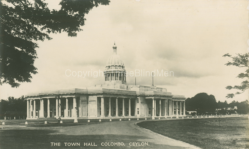 Old Postcards of Ceylon. Town Hall, Colombo.