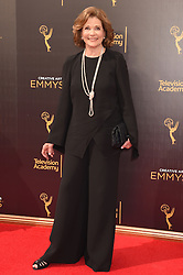 Jessica Walter bei der Ankunft zur Verleihung der Creative Arts Emmy Awards in Los Angeles / 110916 <br /> <br /> *** Arrivals at the Creative Arts Emmy Awards in Los Angeles, September 11, 2016 ***
