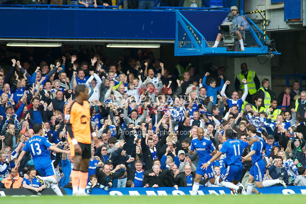 LONDON, ENGLAND - Sunday, May 9, 2010: Chelsea's Nicolas Anelka celebrates after giving his side a early 1-0 lead against Wigan Athletic during the final Premiership match of the season at Stamford Bridge. (Pic by Gareth Davies/Propaganda)