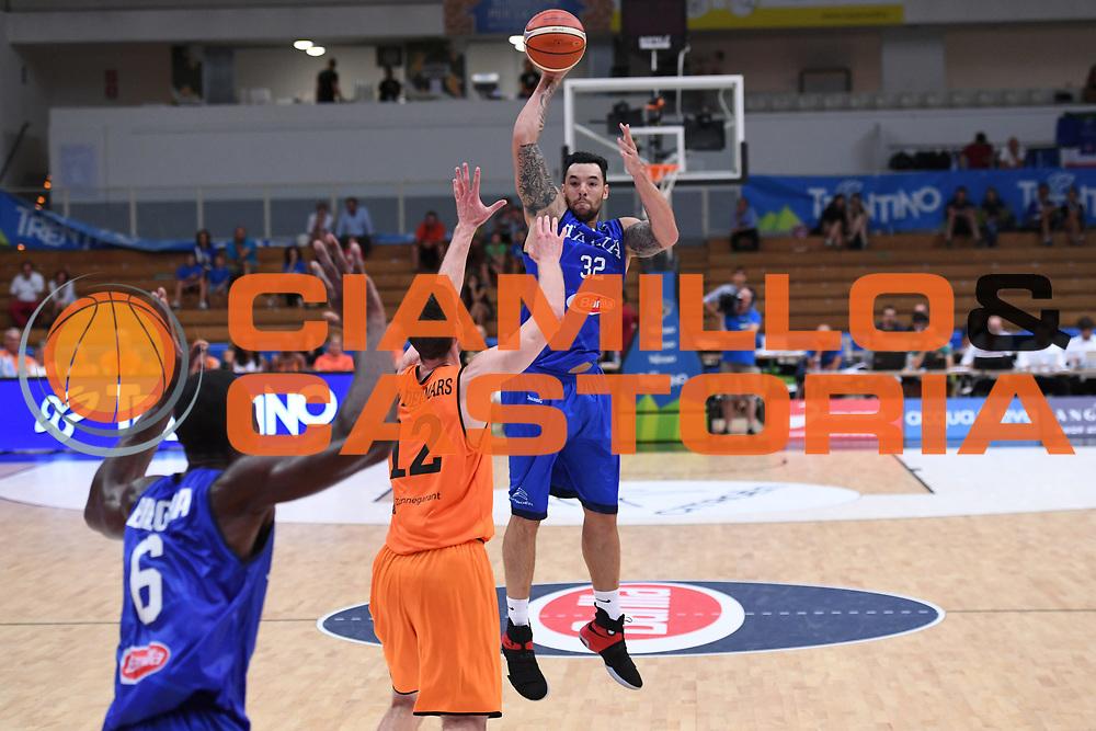 Christian Burns<br /> Nazionale Italiana Maschile Senior - Trentino Basket Cup 2017<br /> Italia - Paesi Bassi / Italy - Netherlands<br /> FIP 2017<br /> Trento, 30/07/2017<br /> Foto Agenzia Ciamillo-Castoria