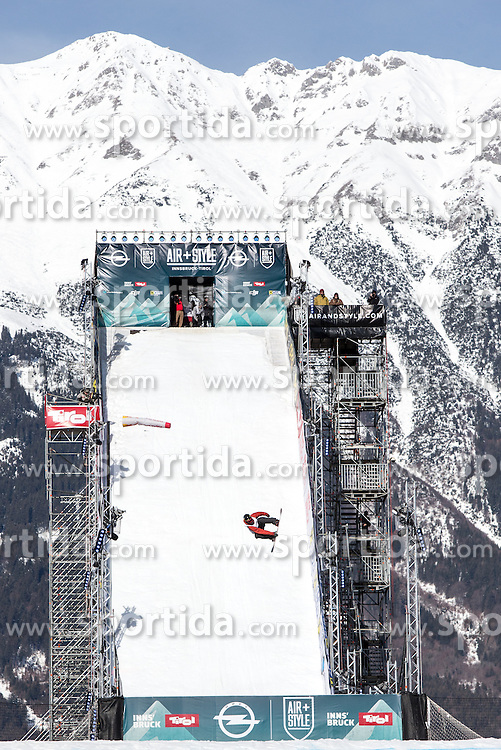 06.02.2016, Olympiaworld, Innsbruck, AUT, Air and Style, Innsbruck, am Samstag. 06. Februar 2016, während des Air & Style Snowboard Events in Innsbruck. // Mons Roisland of Norway competes in the Air & Style Snowboard Event in Innsbruck, Austria, 06 February 2016, im Bild Mons Roisland (NOR) // Mons Roisland of Norway during the Air & Style Snowboard Competition and Festival at the Olympiaworld in Innsbruck, Austria on 2016/02/06. EXPA Pictures © 2016, PhotoCredit: EXPA/ Jakob Gruber