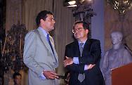 Giovanni Alberto Agnelli presenta la nuova Vespa a Romano Prodi, Presidente del Consiglio , 1995.Giovanni Alberto Agnelli (Milano, 19 aprile 1964 - Torino, 13 dicembre 1997) è stato un imprenditore e dirigente d'azienda italiano..