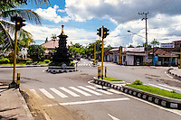 Bali, Karangasem, Amlapura. Crossroad in Amlapura, straight ahead the road to Candidasa, to the right towards Rendang.